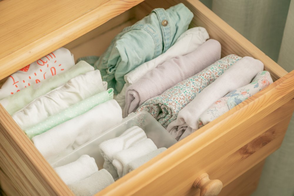fold cloths in drawers