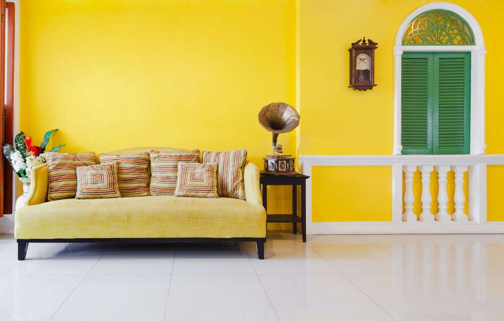 colours that goes with Yellow